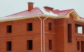 Как строятся дома из кирпича